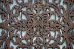 Härliga dekorativa förfalskade smidesjärnportar för metall beståndsdelar arkivfoton