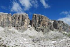 Härliga Dolomites vaggar Royaltyfri Fotografi