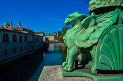 Härliga Dragon Bridge, Ljubljana, Slovenien royaltyfri fotografi