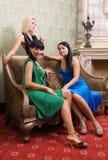 härliga flickor tre arkivfoto
