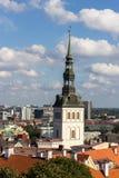 24-27 08 2016 härliga flyg- horisontpanorama för scenisk sommar av den gamla staden i Tallinn, Estland Royaltyfri Fotografi