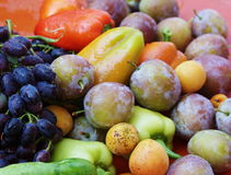 härliga fruktgrönsaker Arkivbild