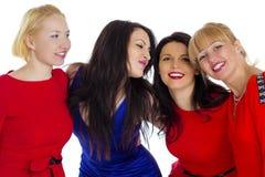 härliga fyra grupperar unga lyckliga isolerade sexiga vita kvinnor Isolerat på whi royaltyfri bild