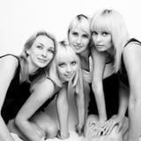 härliga fyra kvinnor Royaltyfria Bilder