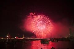 Härliga fyrverkerier i Venedig, Italien Royaltyfri Foto