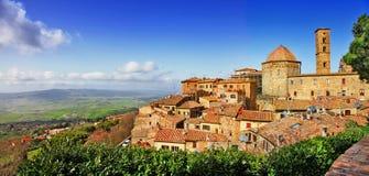 Härliga gamla Volterra royaltyfri foto