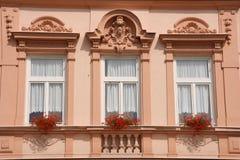 härliga gammala fönster royaltyfri fotografi
