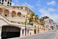 Härliga gatabyggnader i Monaco Royaltyfria Bilder