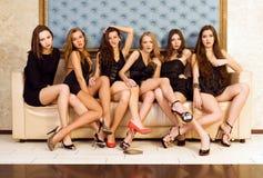 härliga gruppmodeller royaltyfri foto