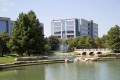 Härliga Hall Park i staden Frisco Texas Royaltyfri Bild