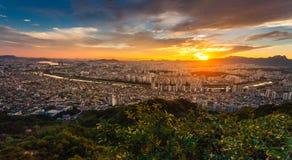Härliga himmelfenomen i seoul, Korea Royaltyfri Bild