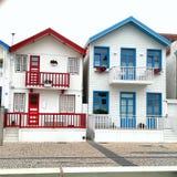 härliga hus Arkivbilder