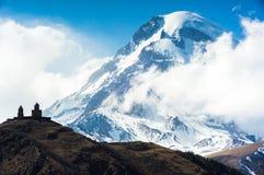 Härliga Kaukasus berg, Georgia Fotografering för Bildbyråer