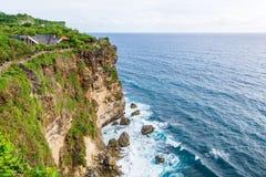 Härliga klippor i Bali Arkivfoton