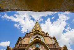 Härliga konster och arkitektur på den huvudsakliga pagoden av Wat Pha Sorn KaewWat Phra Thart Pha Kaewin Khao Kho, Phetchabun, no Arkivbild