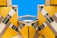 Härliga kubhus i Rotterdam Arkivbild
