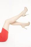 Härliga kvinnaben med skor för höga häl Royaltyfria Foton