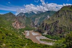 Härliga landskap av Peru, nära Abancay Royaltyfri Foto