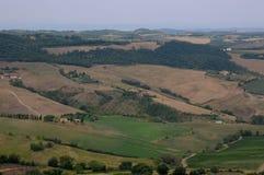 Härliga landskap i den Tuscan bygden nära Montepulcia fotografering för bildbyråer