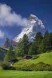 Härliga Matterhorn är 7th august boende 2010 kan den Europa hotellbilden schweiziska switzerland som tas deras till turismturiste Royaltyfri Bild