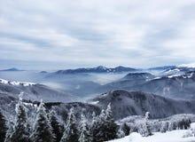 Härliga mounatins under vinter, i Slovakien Royaltyfria Foton