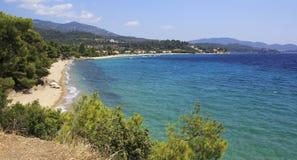 Härliga sandiga stränder av det Aegean havet Arkivfoton
