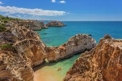 Härliga seascapes Albufeira royaltyfri fotografi
