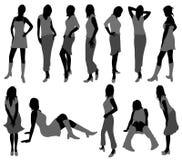 härliga silhouetteskvinnor Royaltyfri Bild