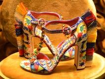 Härliga skor Dolce och Gabbana Arkivbilder