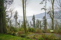 Härliga Stanley Park i Vancouver - VANCOUVER - KANADA - APRIL 12, 2017 Royaltyfri Foto
