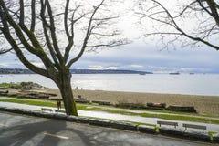Härliga Stanley Park i Vancouver - VANCOUVER - KANADA - APRIL 12, 2017 Fotografering för Bildbyråer