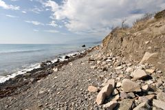 härliga stenblock coast liggandehavsstenar Royaltyfri Bild