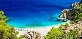 Härliga stränder av Grekland - Apella i Karpathoh Royaltyfria Bilder