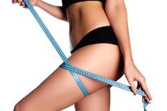härliga sunda höfter för huvuddelbegrepp som mäter den perfekta formkvinnan Sunda Lifesty Royaltyfri Fotografi