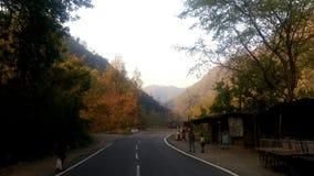 Härliga vägar av Rishikesh, Indien royaltyfri foto
