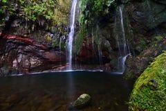 härliga vattenfall Royaltyfria Foton