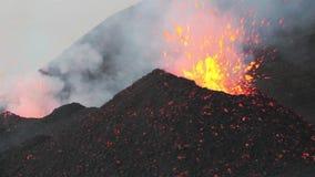 Härliga vulkaniska explosioner arkivfilmer