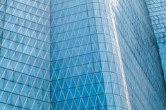 Härligt abstrakt foto av skyskrapaväggen arkivbild