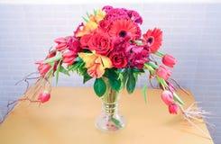 Härligt av blommabukett royaltyfri fotografi