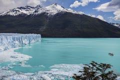 Härligt av en glaciär. Arkivfoton