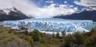 Härligt av en glaciär. Royaltyfri Bild