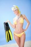 härligt barn för bikinisnorkelkvinna Royaltyfria Bilder