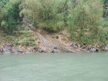 Härligt berg och flod i porslin Fotografering för Bildbyråer