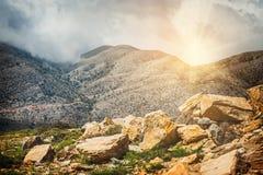Härligt berglandskap av Kretaön Royaltyfri Bild