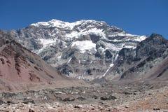 Härligt berglandskap i Anderna Arkivfoton
