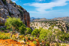 Härligt berglandskap nära den Kritsa byn, Kreta Arkivfoto