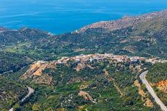 Härligt berglandskap nära den Kritsa byn, Kreta, Grekland Fotografering för Bildbyråer