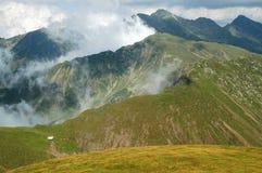 Härligt bergsommarlandskap fagarasberg romania Royaltyfri Fotografi