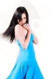 härligt blått klänningkvinnabarn Arkivfoton