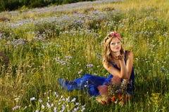 härligt blommaflickabarn Royaltyfria Foton